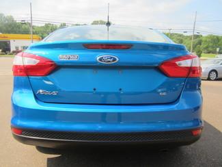 2012 Ford Focus SE Batesville, Mississippi 11
