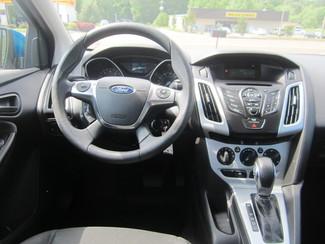 2012 Ford Focus SE Batesville, Mississippi 22