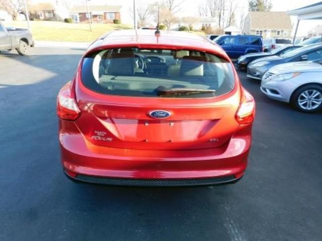 2012 Ford Focus SEL Ephrata, PA 4