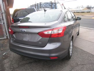 2012 Ford Focus SE New Brunswick, New Jersey 6