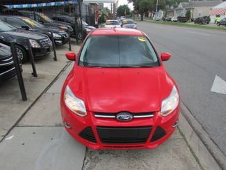 2012 Ford Focus SE, Gas Saver! Low Miles! Financing Available! New Orleans, Louisiana 1