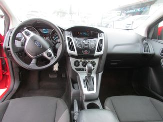 2012 Ford Focus SE, Gas Saver! Low Miles! Financing Available! New Orleans, Louisiana 12