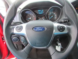 2012 Ford Focus SE, Gas Saver! Low Miles! Financing Available! New Orleans, Louisiana 11