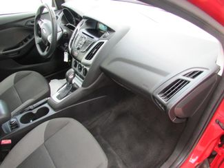 2012 Ford Focus SE, Gas Saver! Low Miles! Financing Available! New Orleans, Louisiana 20