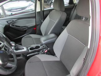 2012 Ford Focus SE, Gas Saver! Low Miles! Financing Available! New Orleans, Louisiana 10