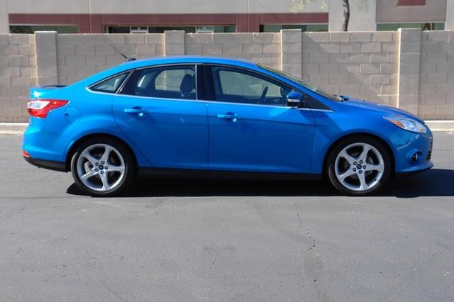 2012 Ford Focus Titanium Phoenix, AZ 2