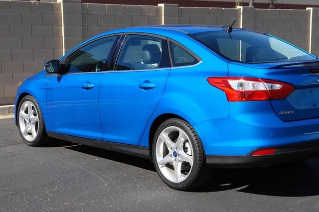 2012 Ford Focus Titanium Phoenix, AZ 19