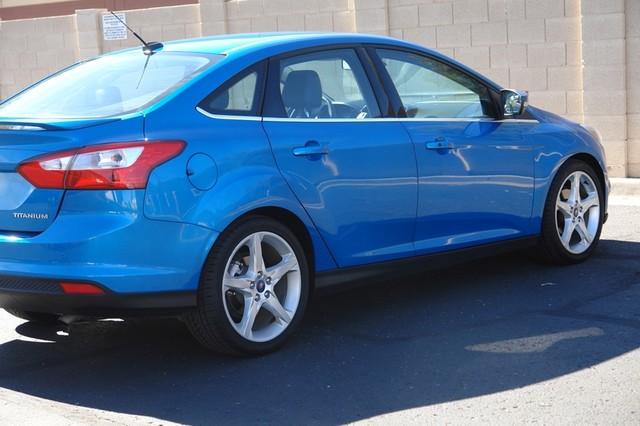 2012 Ford Focus Titanium Phoenix, AZ 20