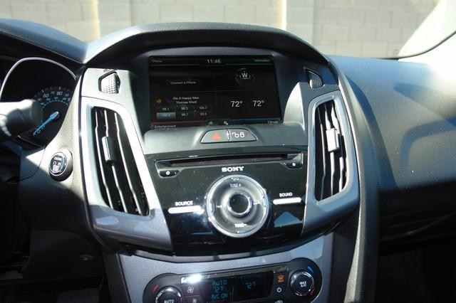 2012 Ford Focus Titanium Phoenix, AZ 27