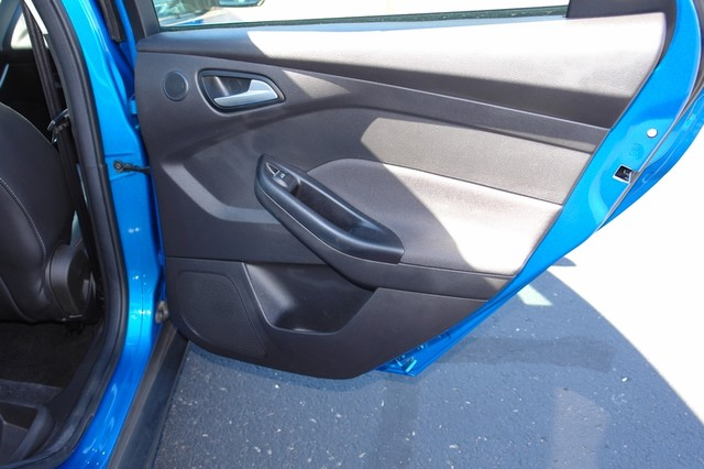 2012 Ford Focus Titanium Phoenix, AZ 33