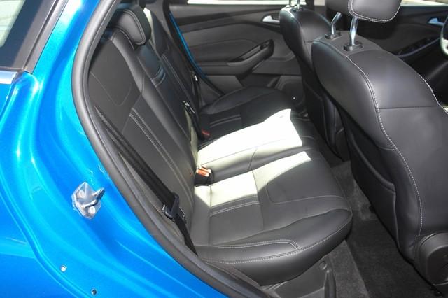 2012 Ford Focus Titanium Phoenix, AZ 34