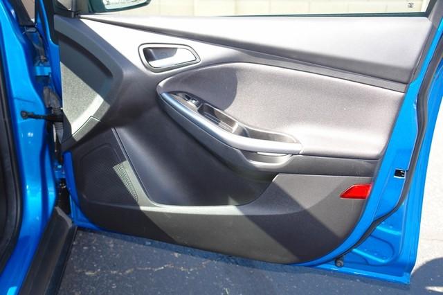 2012 Ford Focus Titanium Phoenix, AZ 36
