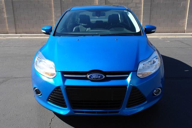 2012 Ford Focus Titanium Phoenix, AZ 11