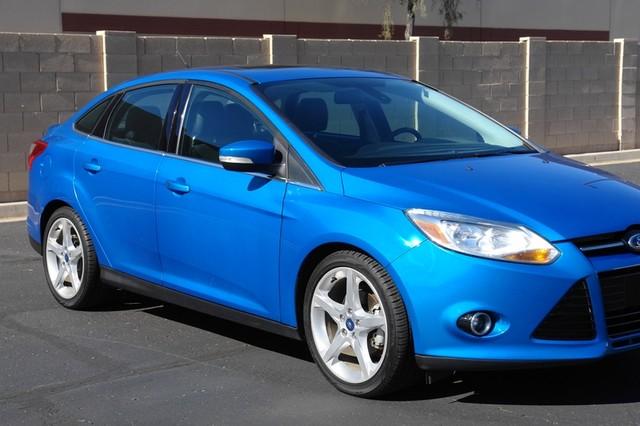 2012 Ford Focus Titanium Phoenix, AZ 13