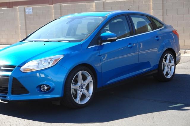 2012 Ford Focus Titanium Phoenix, AZ 14