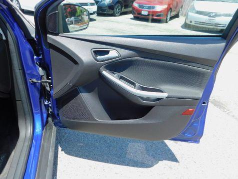2012 Ford Focus SE | Santa Ana, California | Santa Ana Auto Center in Santa Ana, California