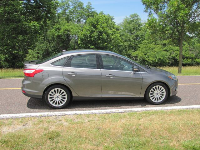 2012 Ford Focus Titanium St. Louis, Missouri 2