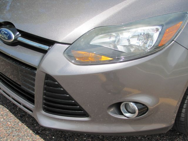 2012 Ford Focus Titanium St. Louis, Missouri 9