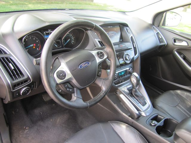 2012 Ford Focus Titanium St. Louis, Missouri 20