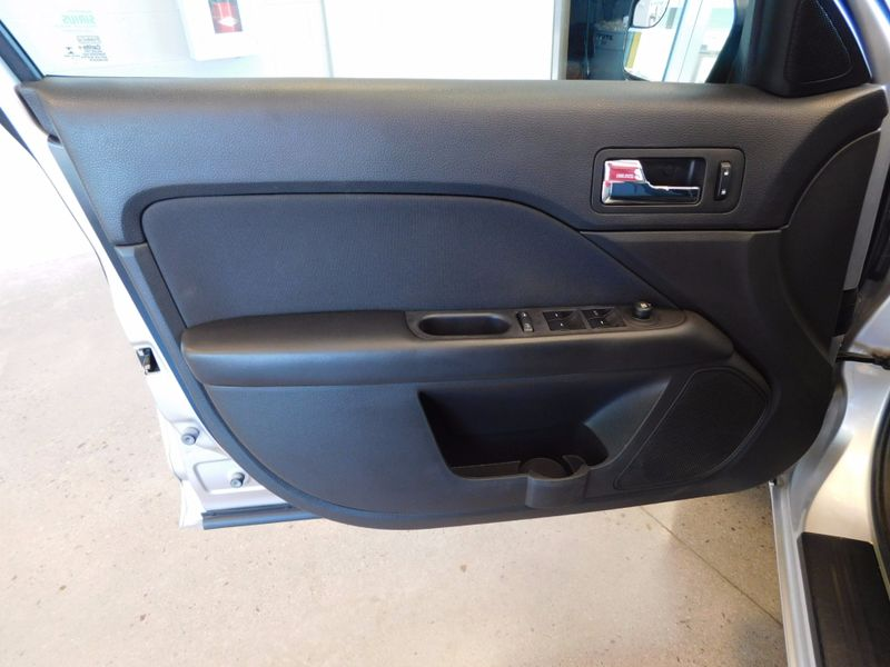 2012 Ford Fusion SE  city TN  Doug Justus Auto Center Inc  in Airport Motor Mile ( Metro Knoxville ), TN