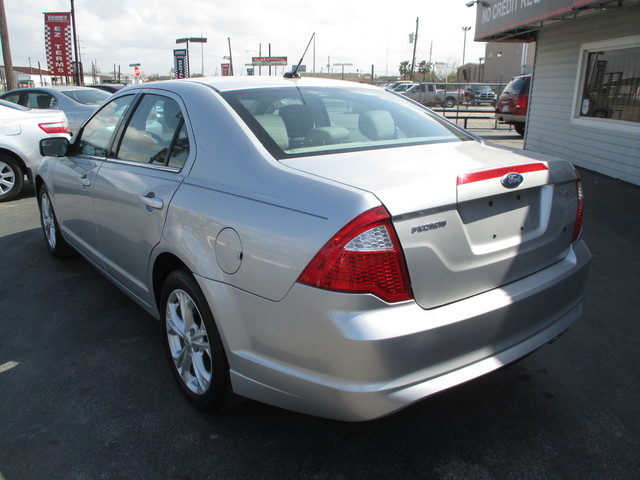 2012 Ford Fusion, PRICE SHOWN IS THE DOWN PAYMENT south houston, TX 4
