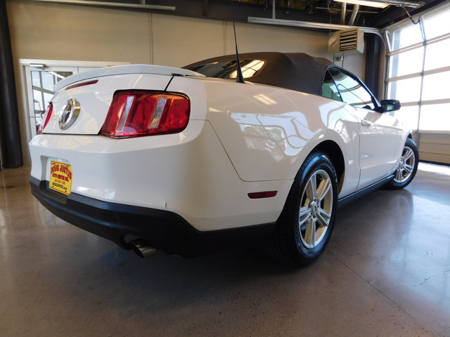 2012 Ford Mustang V6  city TN  Doug Justus Auto Center Inc  in Airport Motor Mile ( Metro Knoxville ), TN