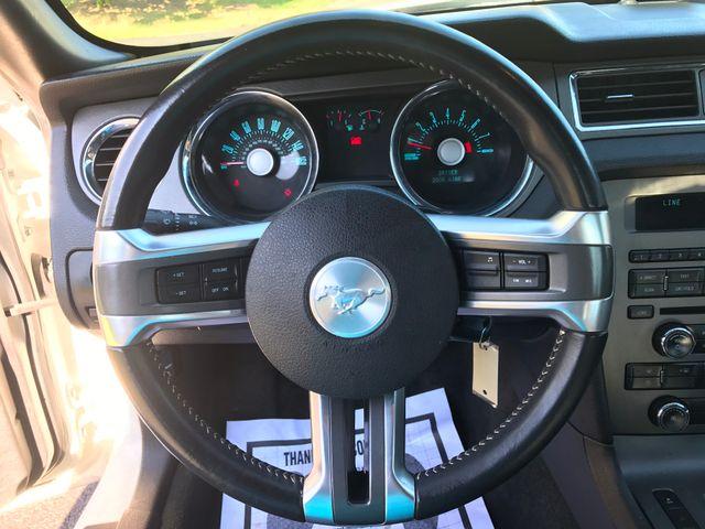 2012 Ford Mustang V6 Premium Leesburg, Virginia 19