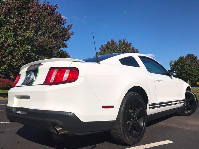 2012 Ford Mustang V6 Premium Leesburg, Virginia 3