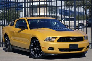 2012 Ford Mustang V6* Manual* EZ Finance** | Plano, TX | Carrick's Autos in Plano TX