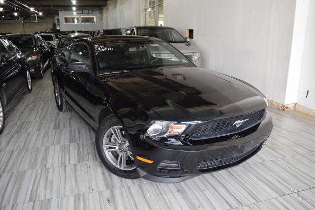 2012 Ford Mustang V6 Premium Richmond Hill, New York 1