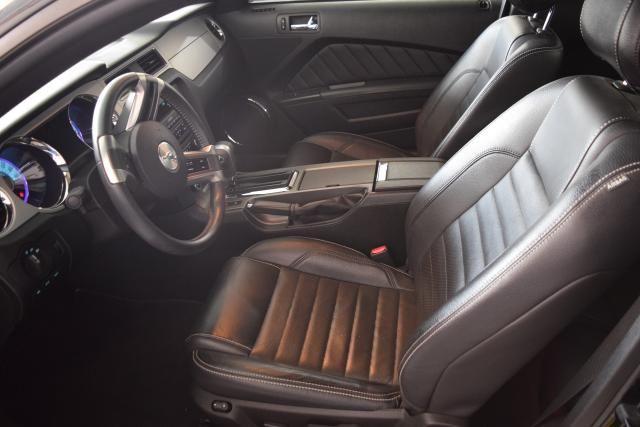 2012 Ford Mustang V6 Premium Richmond Hill, New York 5