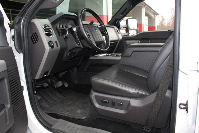 2012 Ford Super Duty F-250 Pickup Lariat Crew Cab 4x4 FX4 Mooresville , NC 31