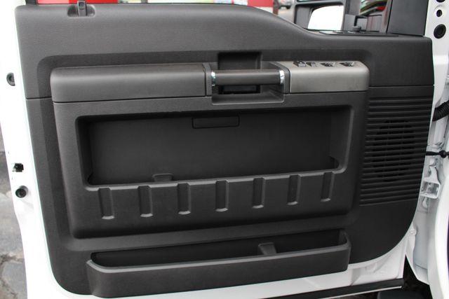 2012 Ford Super Duty F-250 Pickup Lariat Crew Cab 4x4 FX4 Mooresville , NC 42