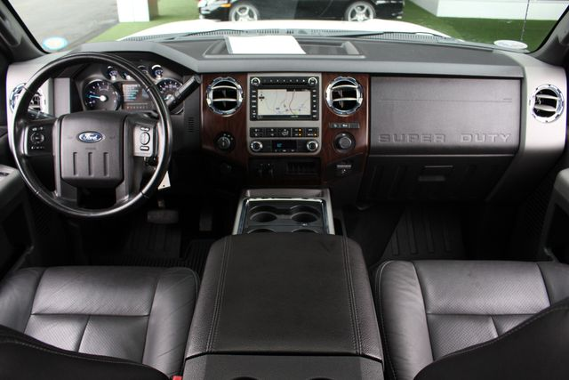 2012 Ford Super Duty F-250 Pickup Lariat Crew Cab 4x4 FX4 Mooresville , NC 32