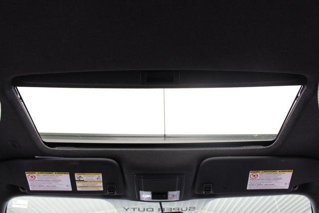 2012 Ford Super Duty F-250 Pickup Lariat Crew Cab 4x4 FX4 Mooresville , NC 5