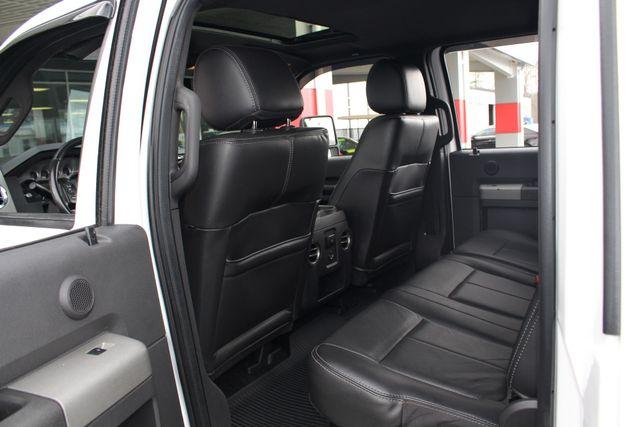 2012 Ford Super Duty F-250 Pickup Lariat Crew Cab 4x4 FX4 Mooresville , NC 39