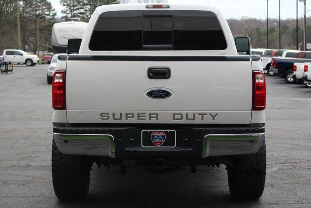 2012 Ford Super Duty F-250 Pickup Lariat Crew Cab 4x4 FX4 Mooresville , NC 17