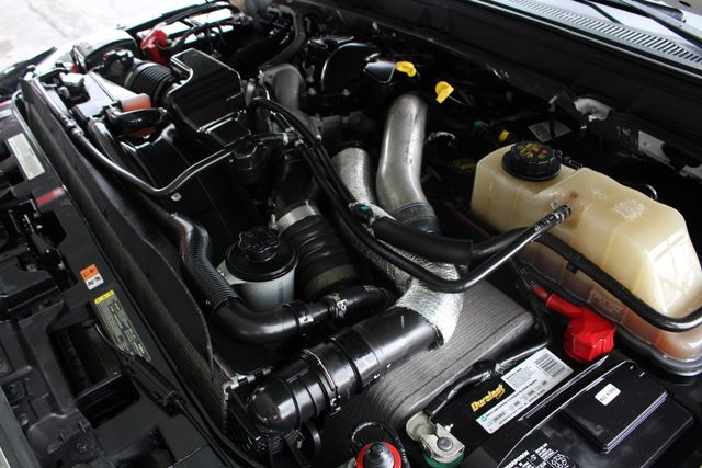 2012 Ford Super Duty F-250 Pickup Lariat Crew Cab 4x4 FX4 Mooresville , NC 48