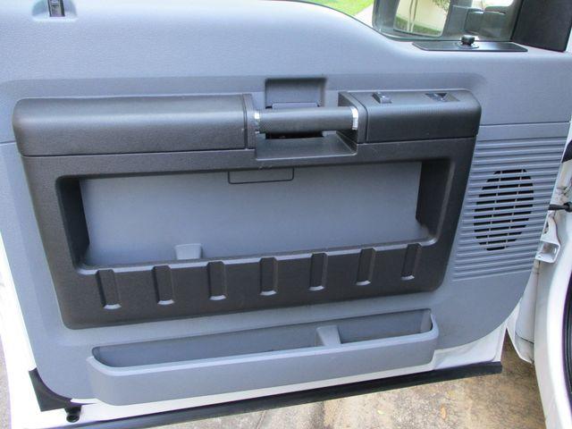 2012 Ford Super Duty F-250 Pickup XL Tool Box Ladder Rack Plano, Texas 18