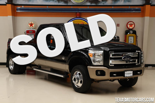 2012 Ford Super Duty F-350 King Ranch This 2012 Ford Super Duty F-350 DRW Pickup King Ranch is in