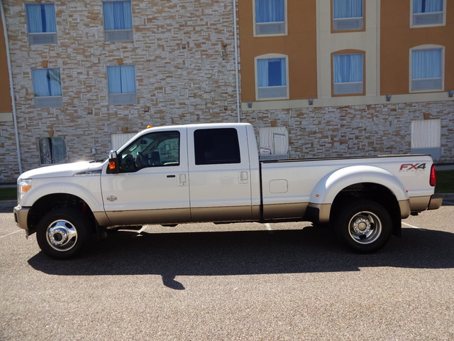 2012 Ford Super Duty F-350 DRW Pickup Lariat Corpus Christi, Texas 4