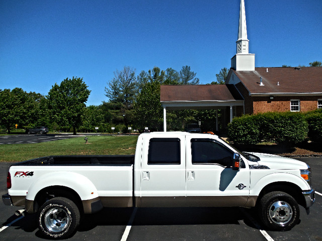 2012 Ford Super Duty F-350 DRW Pickup Lariat 6.7L Leesburg, Virginia 4