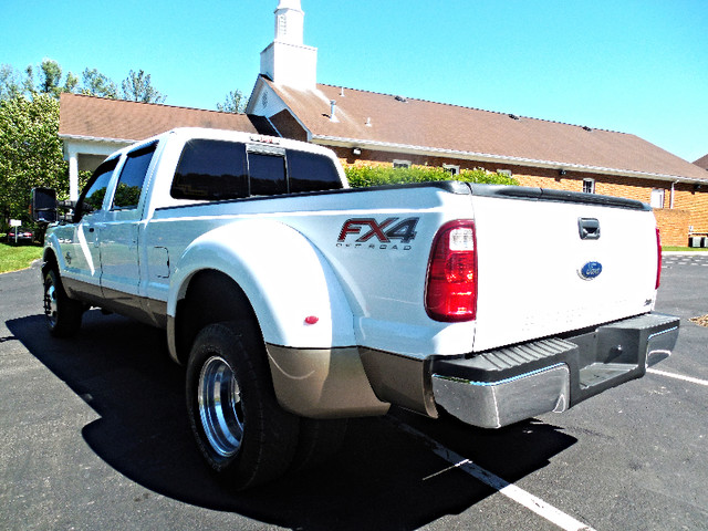 2012 Ford Super Duty F-350 DRW Pickup Lariat 6.7L Leesburg, Virginia 3