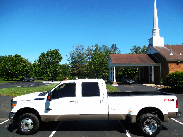 2012 Ford Super Duty F-350 DRW Pickup Lariat 6.7L Leesburg, Virginia 5