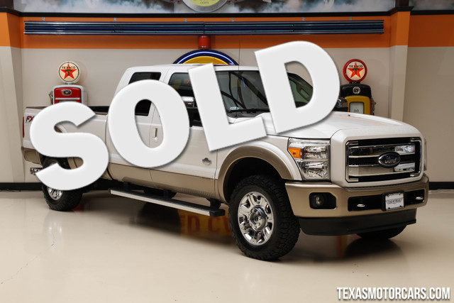 2012 Ford Super Duty F-350 King Ranch 4x4 This 2012 Ford Super Duty F-350 SRW King Ranch is in gre
