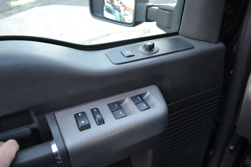 2012 Ford Super Duty F-350 SRW Pickup Lariat  city New  Father  Son Auto Corp   in Lynbrook, New