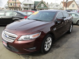 2012 Ford Taurus SEL Milwaukee, Wisconsin 2