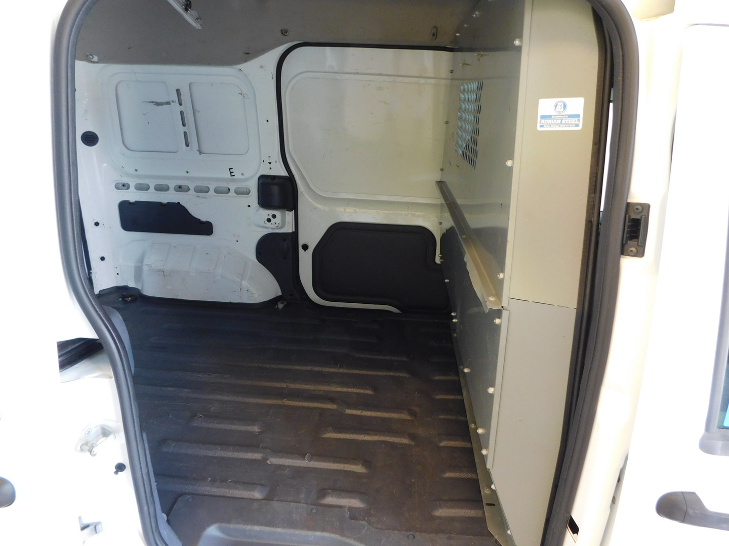 2012 ford transit connect van xlt city tn doug justus auto for Airport motor mile car dealerships