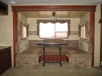 2012 Forest River Heritage Glen M272RED  city Florida  RV World of Hudson Inc  in Hudson, Florida