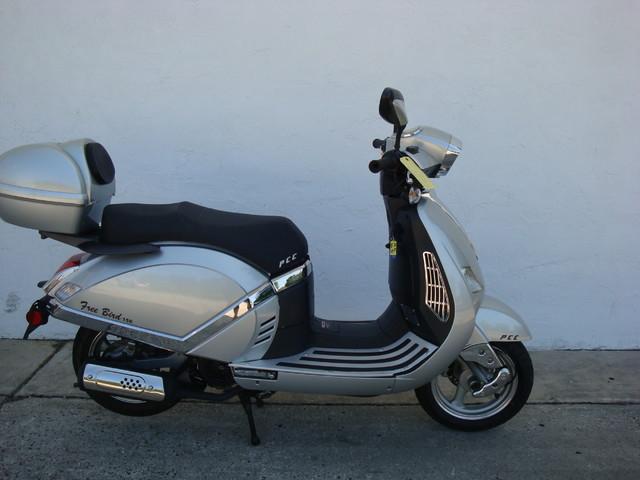 2012 Fosti Free Bird 150 scooter Daytona Beach, FL 2